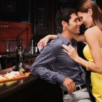 How To Seduce a Man – 3 Basic Things Every Women Should Do To Attract A Man!