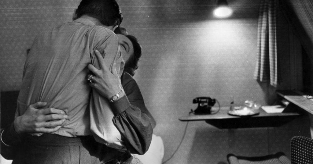 Faire Amour Avec Un Homme Autre Que Son Mari